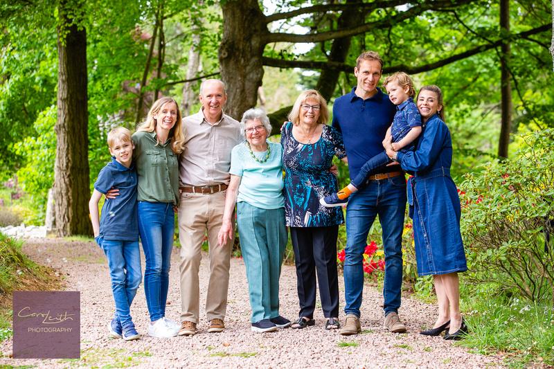 """family photoshoot outdoor"""