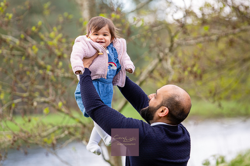 Aberdeen Family and toddler outdoor photographer