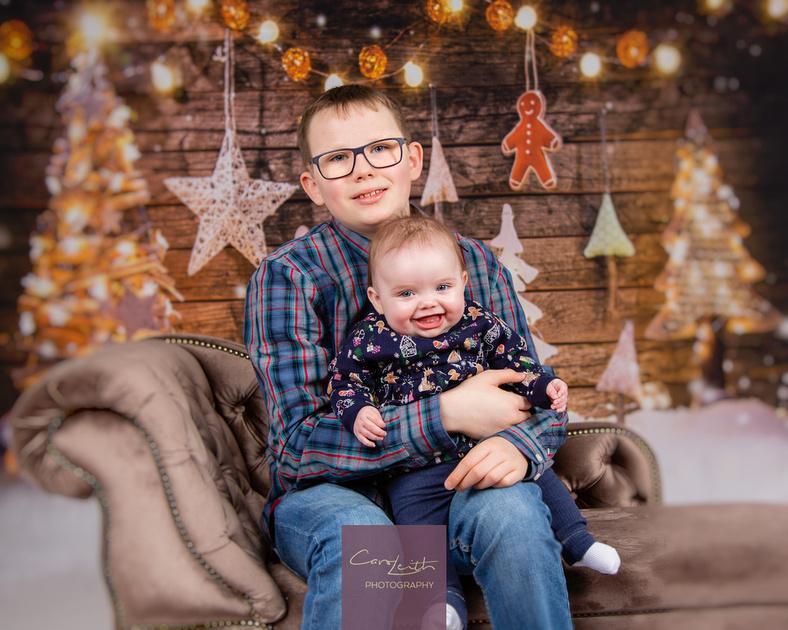 Mini Christmas photo shoots Aberdeen